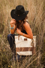 Load image into Gallery viewer, Large Blonde Palomino Hair-On-Hide & Leather Tote Bag