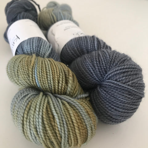 Knitsch Sock Storm Warning (grey/olive)