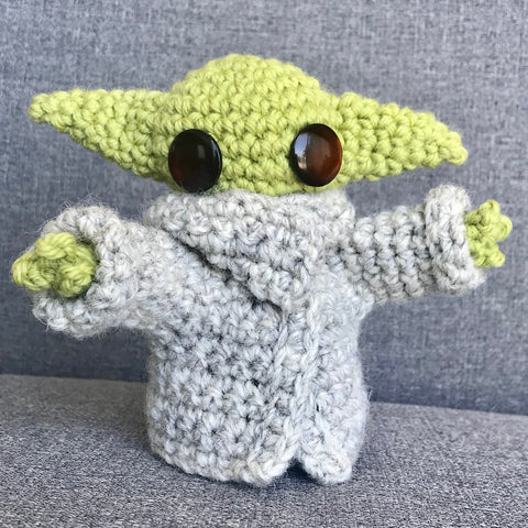 Baby Yoda crochet pattern download