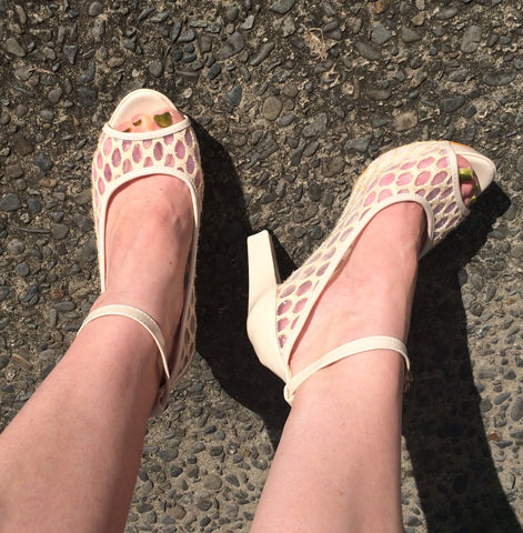 Cream Lace High Heels size 38 NEW
