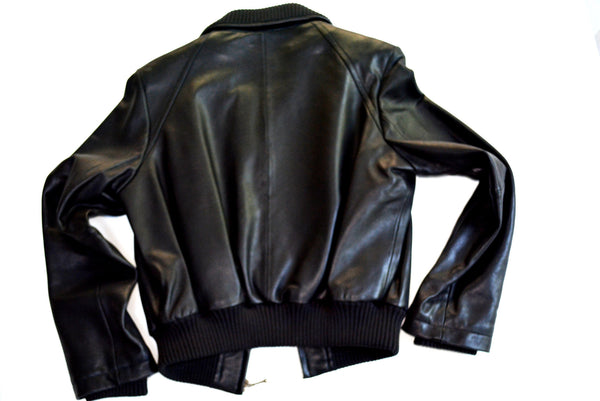 Women's Short Black Leather Jacket with 2 Lining. Easily Remove 2nd Lining by unzipping.  Size 1X
