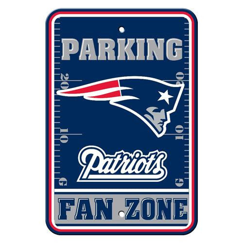 New England Patriots NFL Plastic Parking Sign (Fan Zone) (12 x 18)