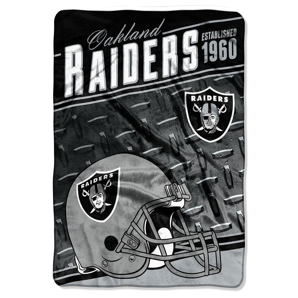 Oakland Raiders NFL Stagger Oversized Micro Raschel (62in x 90in)