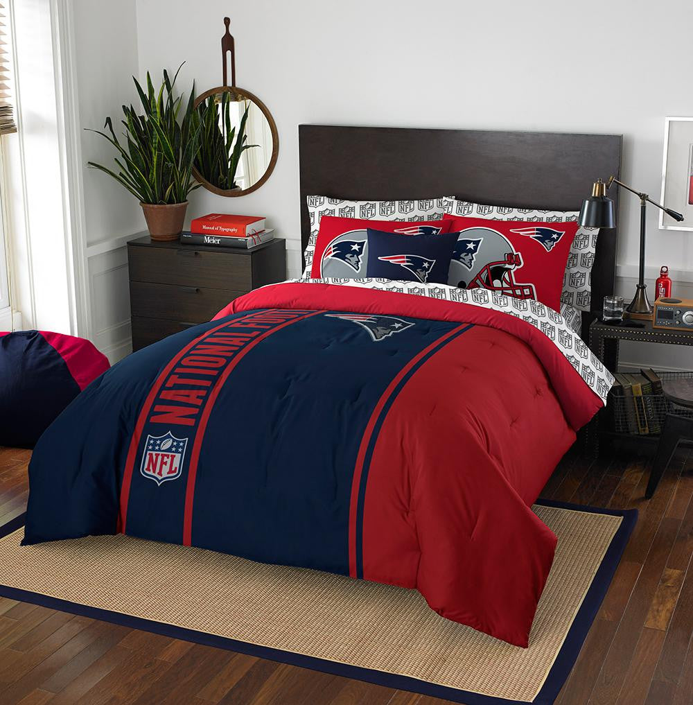 New England Patriots NFL Full Comforter Bed in a Bag (Soft & Cozy) (76in x 86in)
