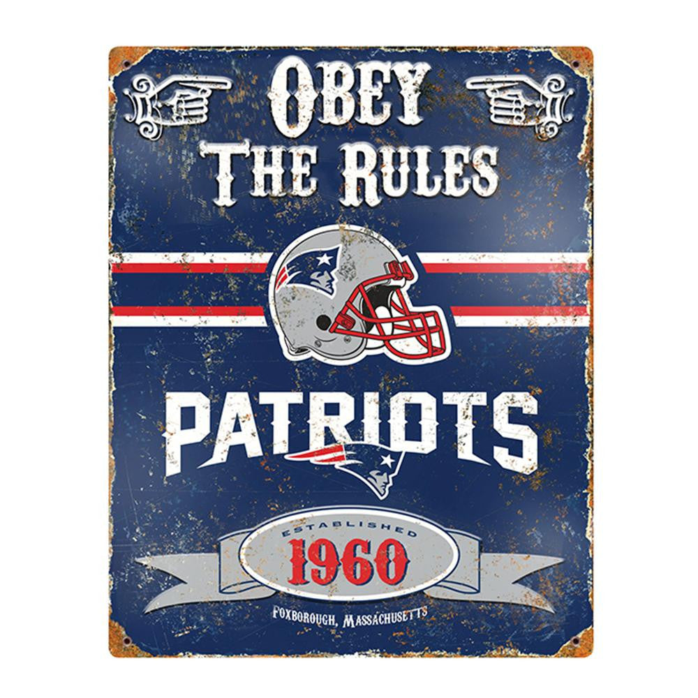 New England Patriots NFL Vintage Metal Sign (11.5in x 14.5in)