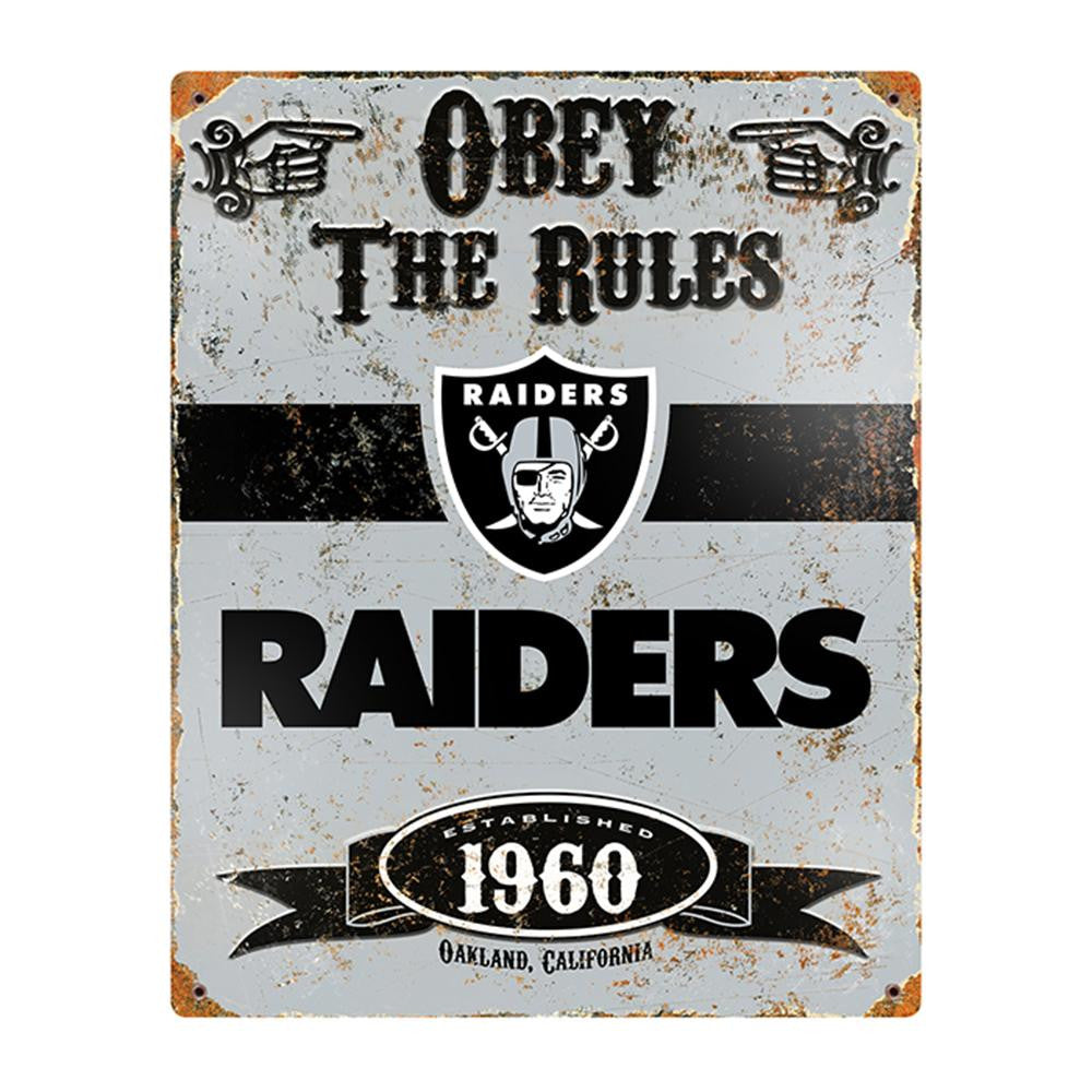 Oakland Raiders NFL Vintage Metal Sign (11.5in x 14.5in)