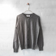 Wuth Cashmere - Classic Cardigan Grey 100% ren cashmere fra No17 Limited