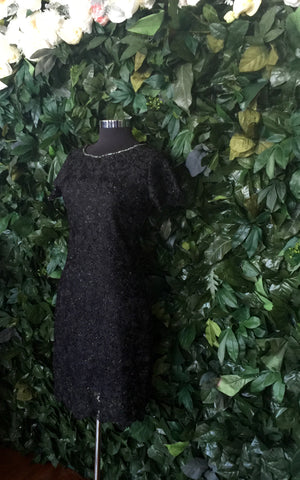 Lace Flutter Classic Black-Sleeve Dress