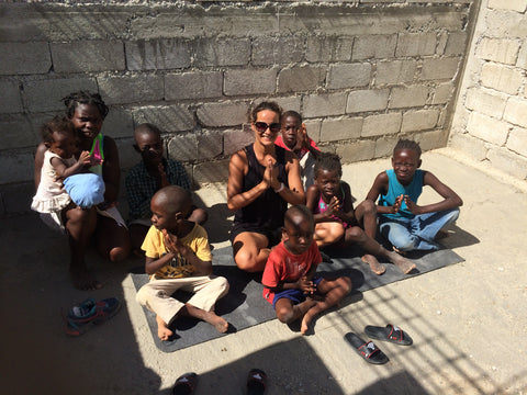 Serena Bufalino meditation with kids in Haiti