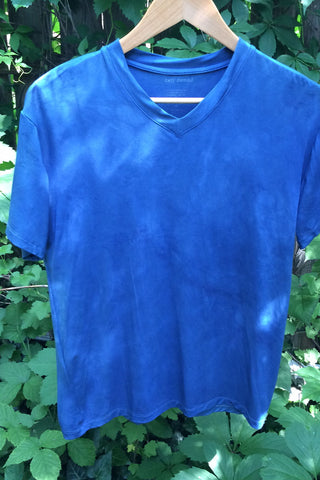 Mens vneck natural indigo dyed