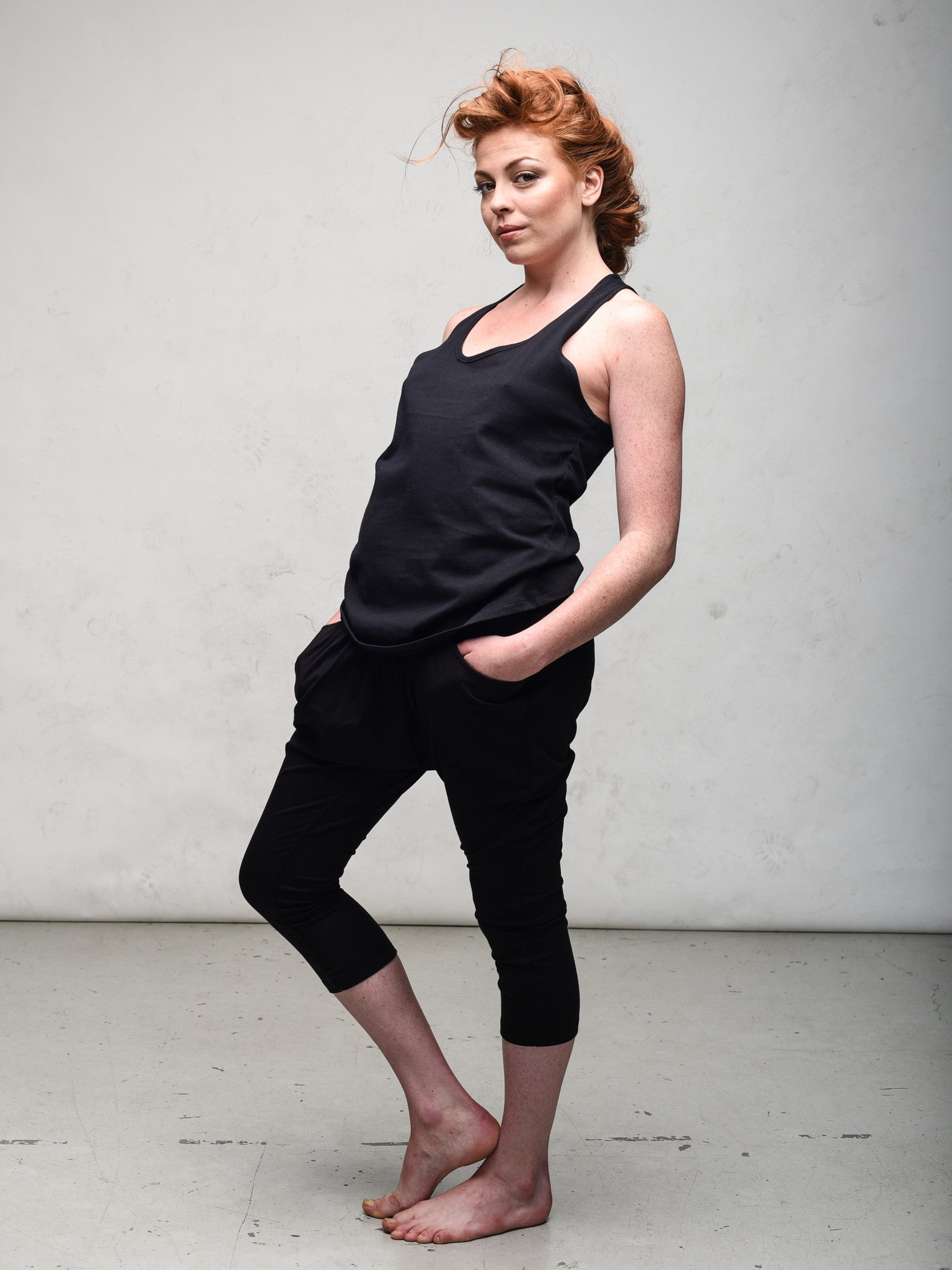 Zen Nomad Organic cotton tank made in canada black