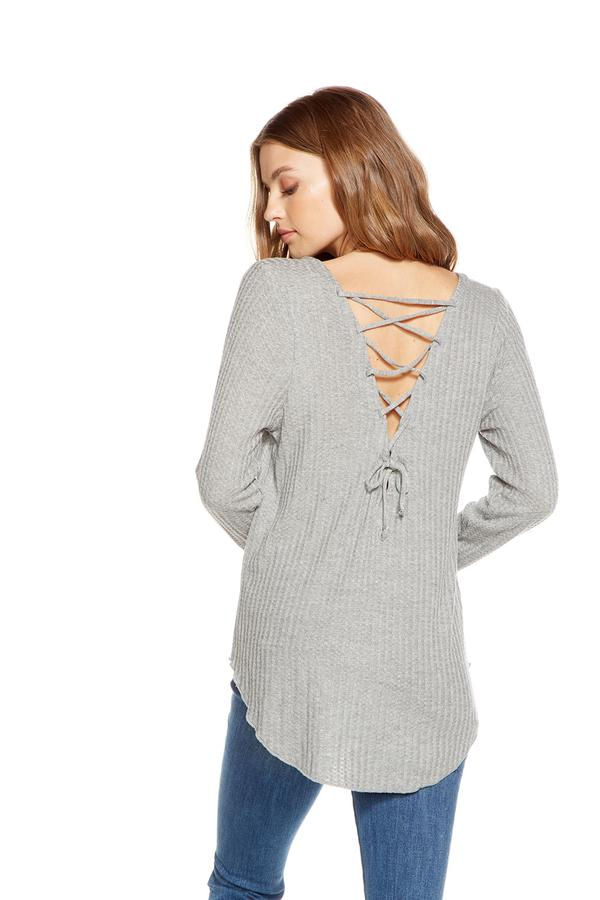 "Chaser Thermal L/S ""V"" Neck Lace-Up Back Shirttail Tee"