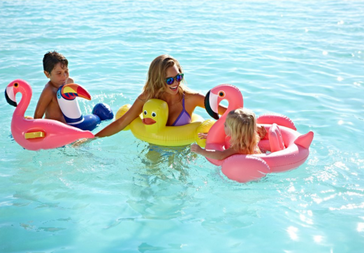 SUNNYLIFE Baby Float Flamingo - T. Georgiano's