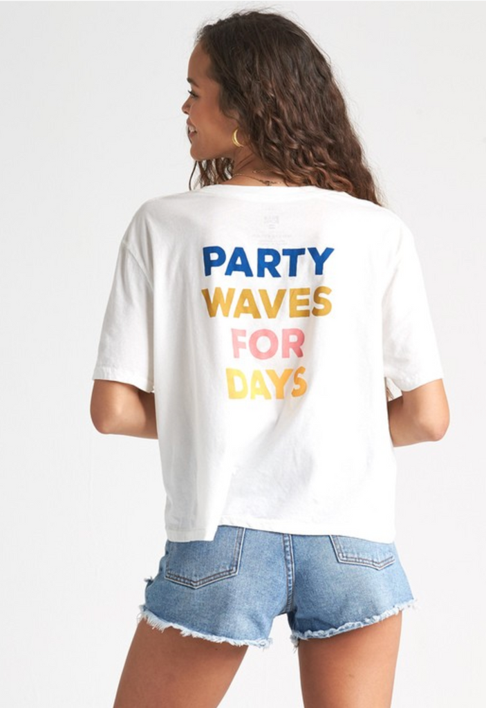 Party Waves T-Shirt - T. Georgiano's