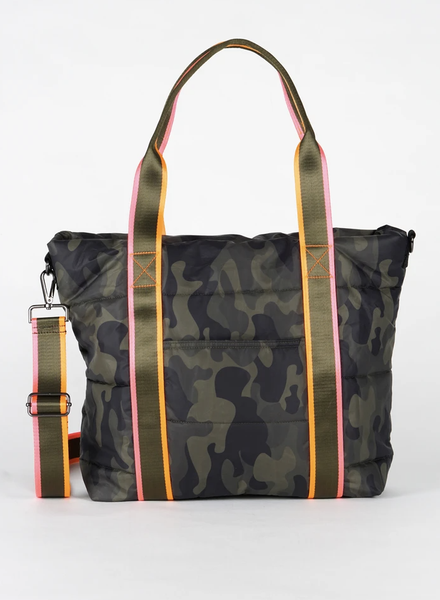 Jaime Catch Tote - T. Georgiano's