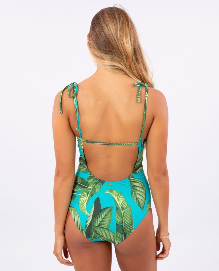 Coco Beach Good 1 Piece - T. Georgiano's