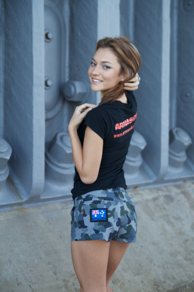 Limited edition Women's camouflage mini shorts