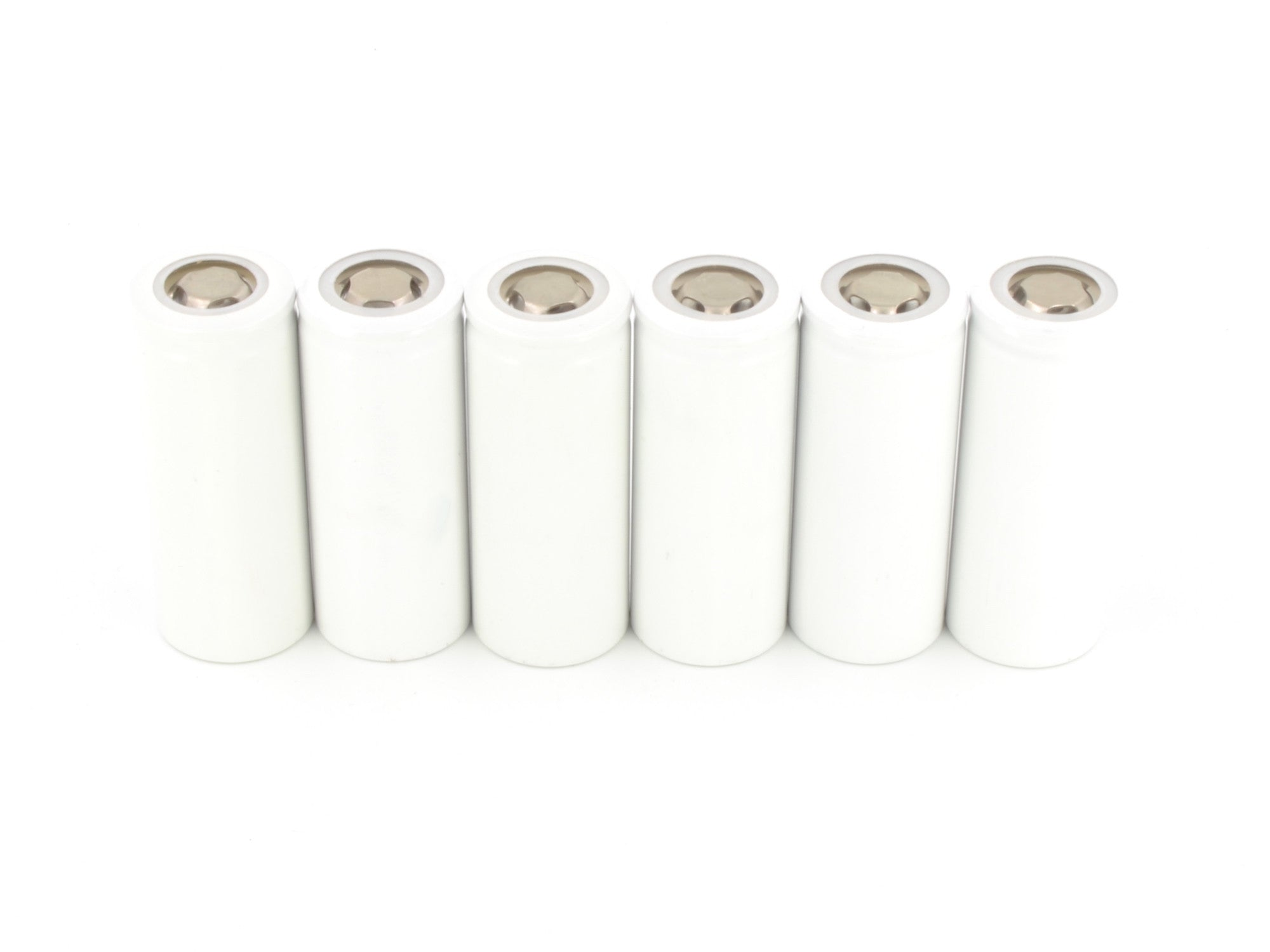 6 rechargeable Li-FePO4 batteries