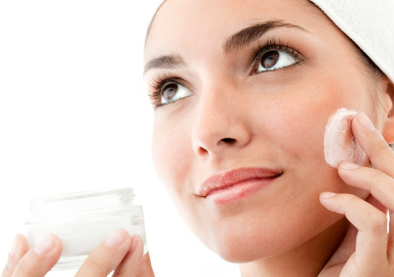 Never Combine Hydroquinone with Benzoyl Peroxide or Resorcinol