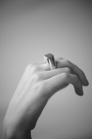 COVA RING (SILVER) - MUTTER METAL WORKS