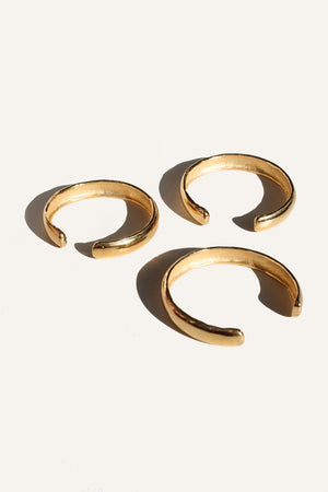 BATTERED BANGLE (24K) - MUTTER