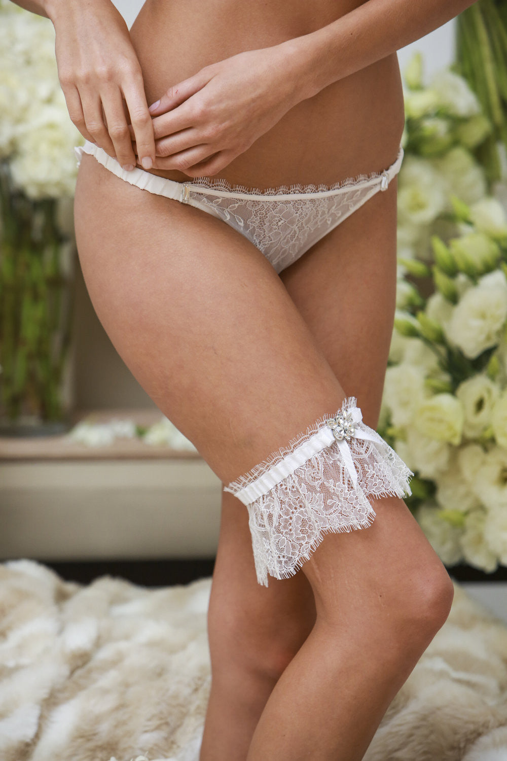 French Lace Garter