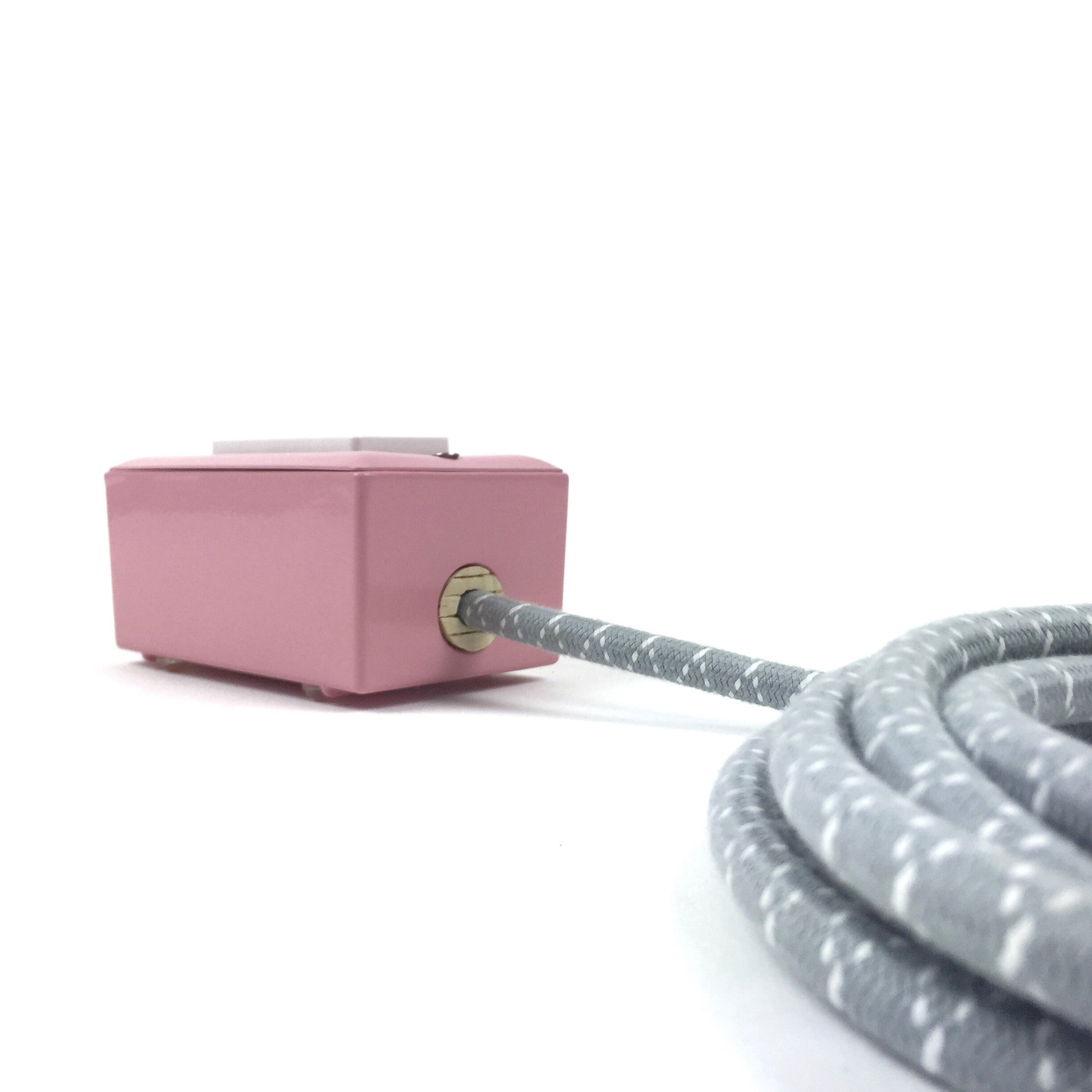 The First Smart Chip Extension Cord - 12' Extō Dual-USB, Dual-Outlet - Candy Pink