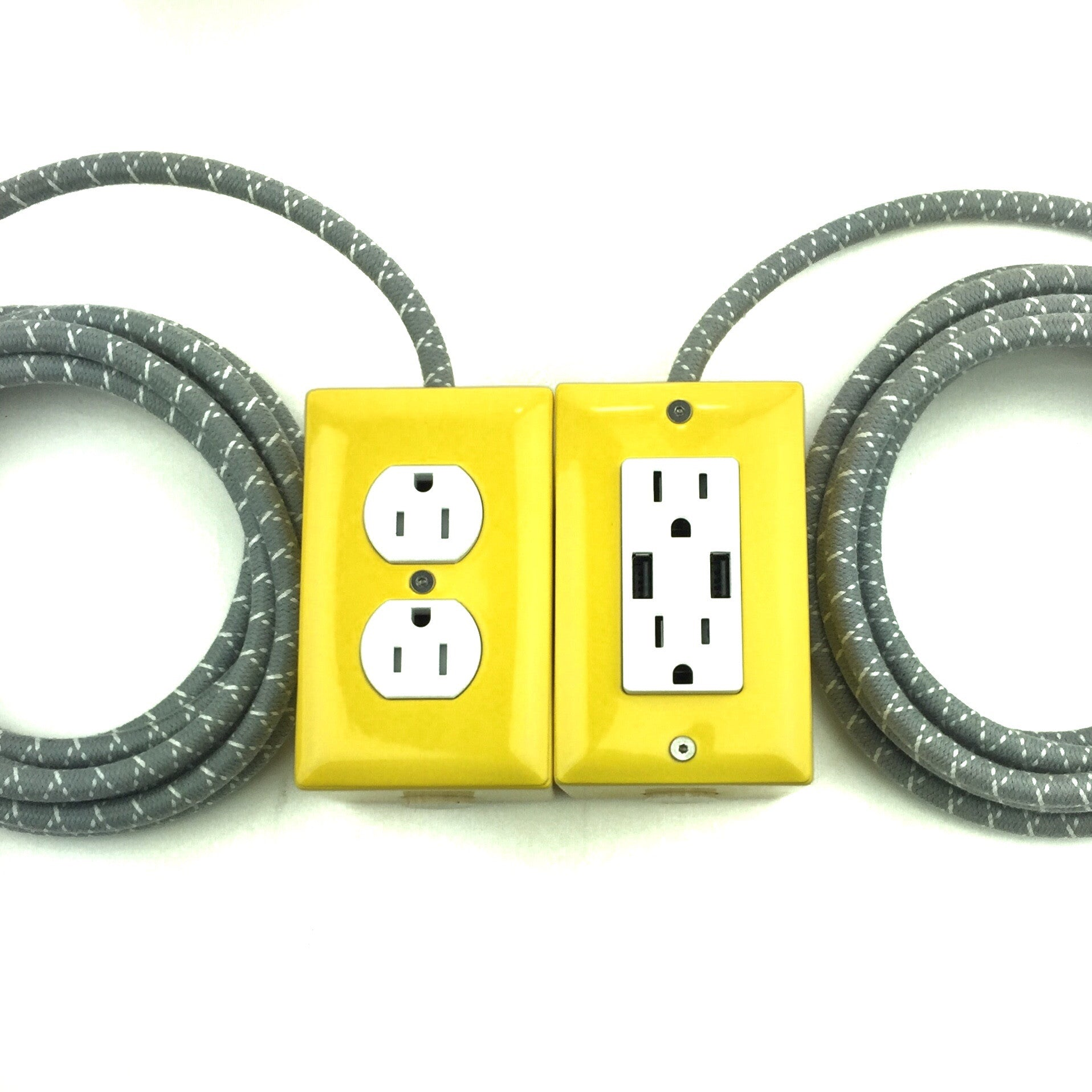 The First Smart Chip Extension Cord - 12' Extō Dual-USB, Dual-Outlet - Tortola Yellow