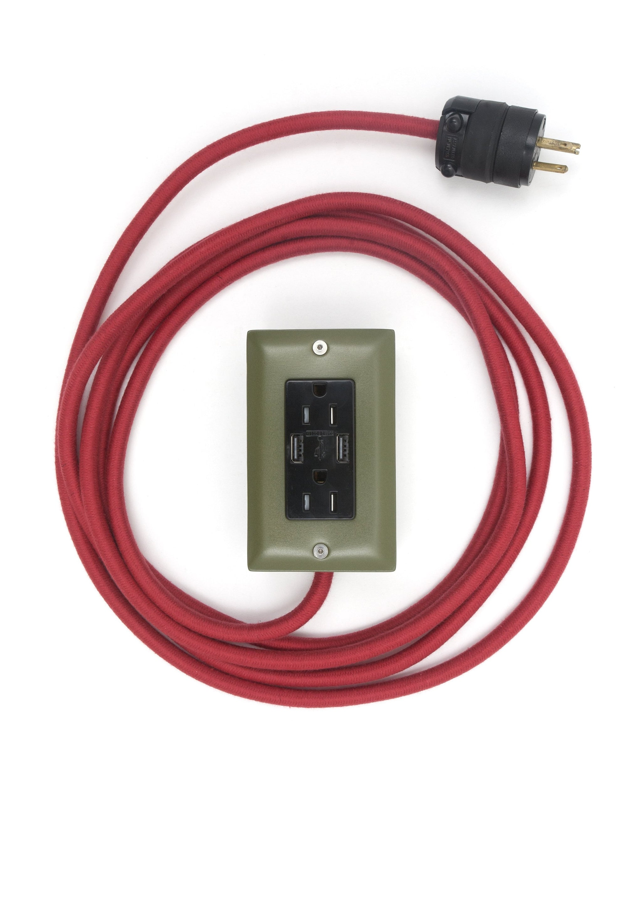 The First Smart Chip Extension Cord - 12' Extō Dual-USB, Dual-Outlet - 4077th Green