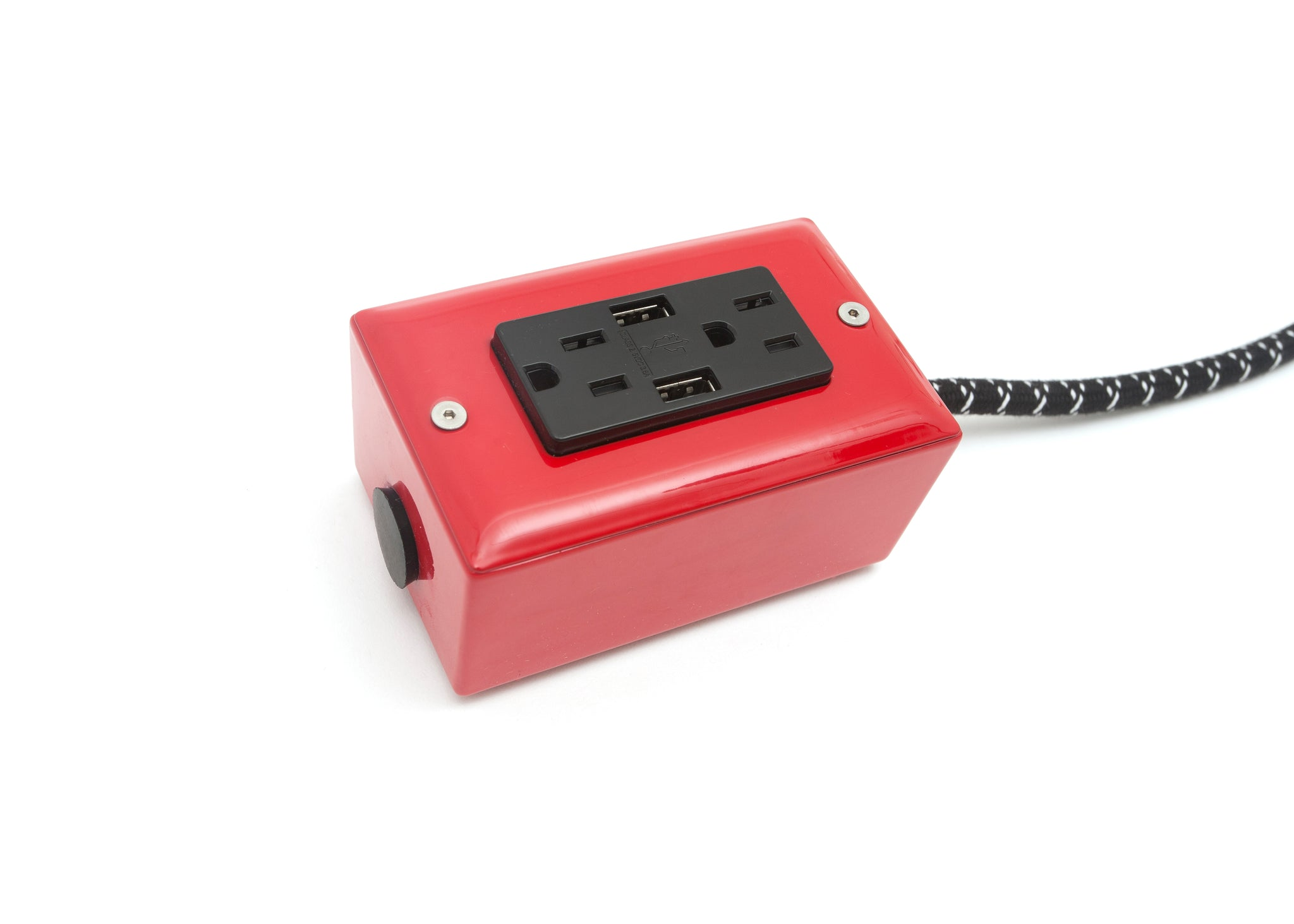 The First Smart Chip Extension Cord - 12' Extō Dual-USB, Dual-Outlet - Bottle Rocket Red