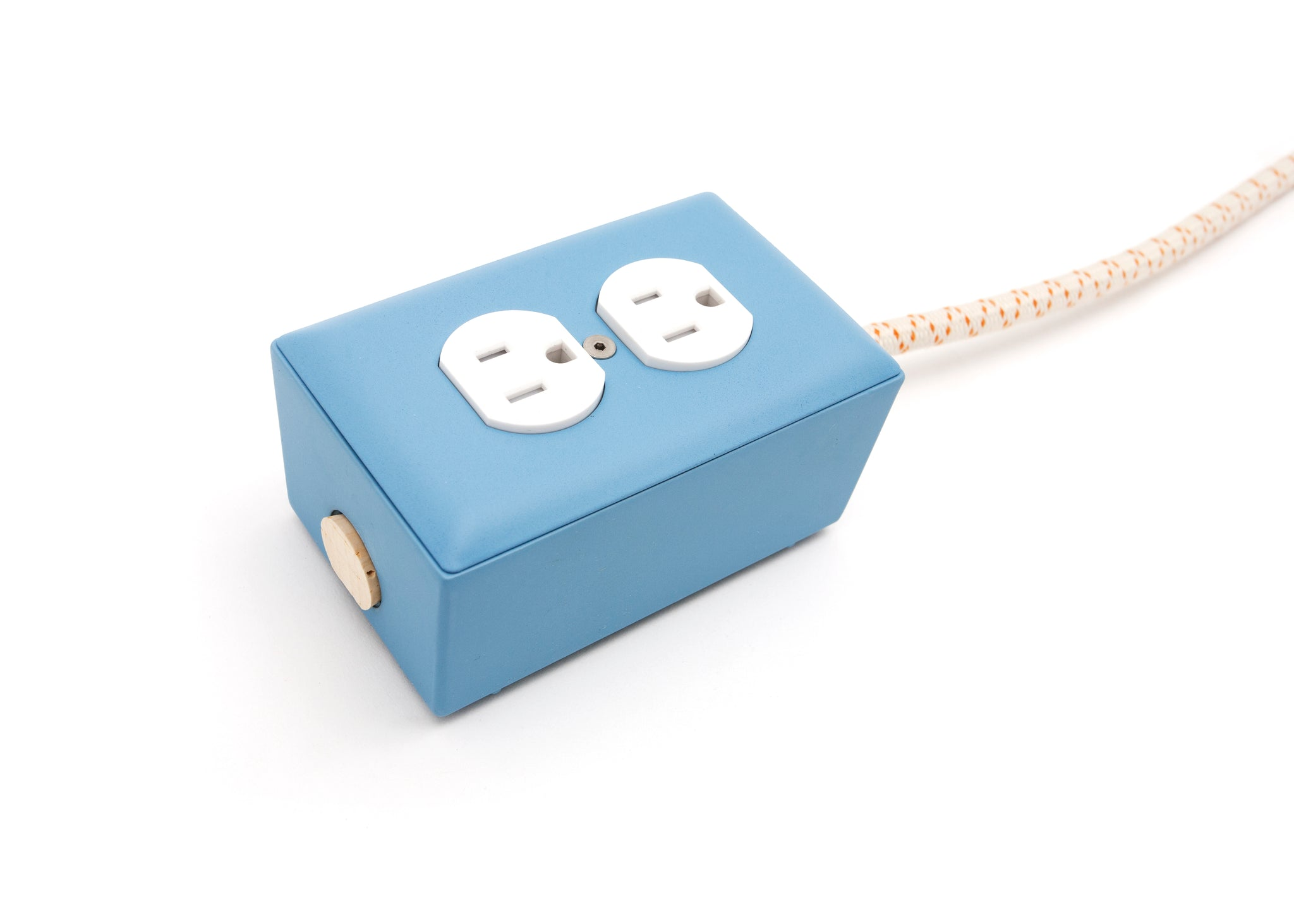 New! Martha Blue Extō - A Modern Dual-Tamper-Resistant Outlet, 15-AMP Extension Cord