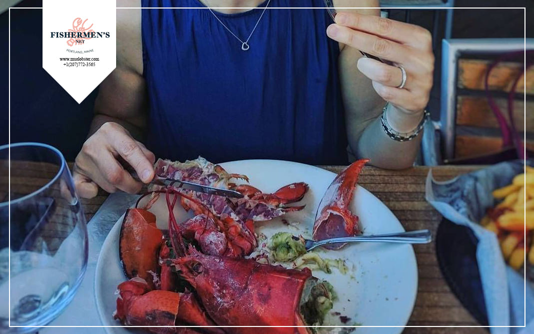 What is the right way to eat lobster tail?