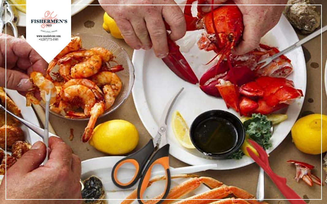 Prepare for yourself a kit of lobster utensils