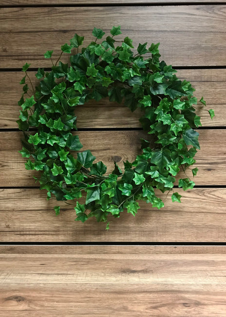 "ITEM 12212 - 14"" GREEN ENGLISH IVY WREATH WITH 208 LEAVES"