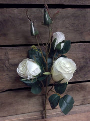 "ITEM 00945 W - 21"" WHITE ROSE SPRAY WITH 3 HEADS"