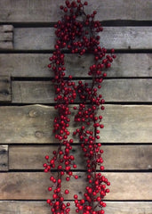 ITEM 81092 R -  6 FOOT RED OUTDOOR BERRY GARLAND