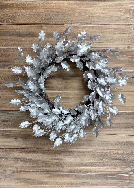 "ITEM 81570 SILVER - 18"" DIA METALLIC GLITTERED SILVER PLASTIC HOLLY LEAF WREATH"