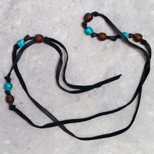 Load image into Gallery viewer, Reata 90: Leather and Recycle Beaded Lariat