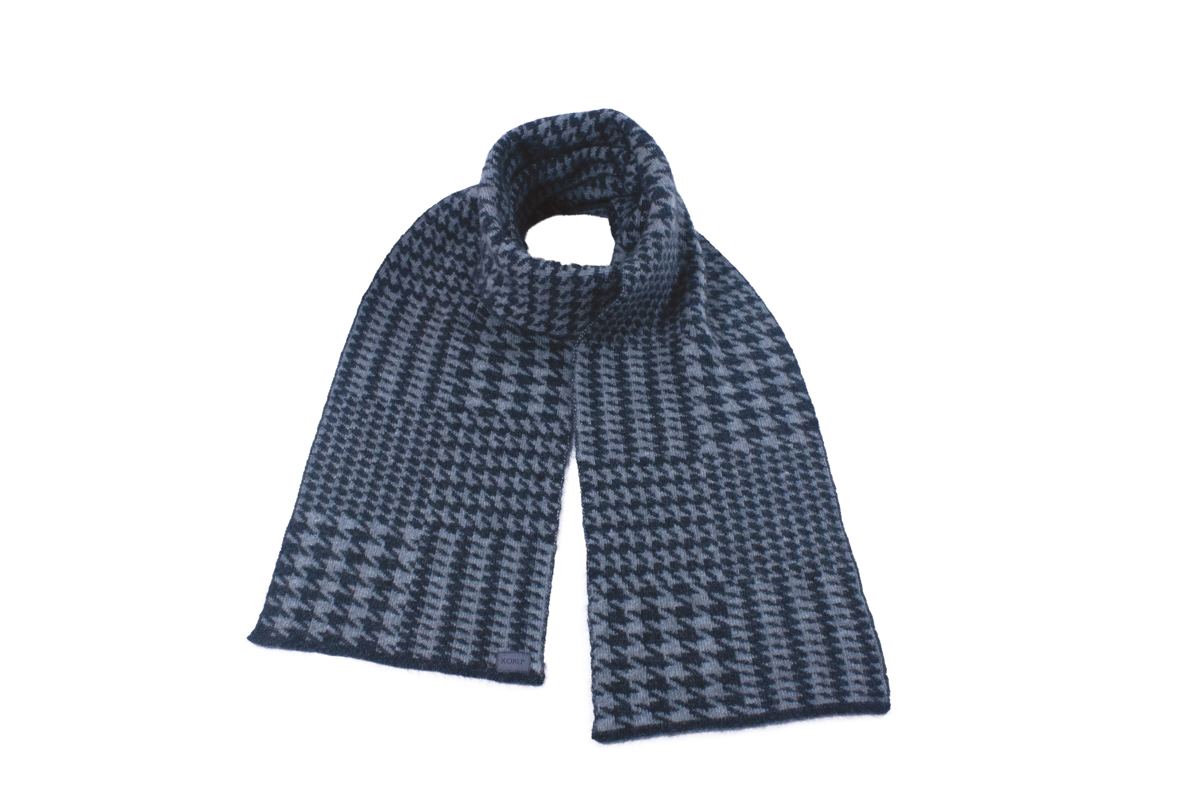 New Hounds Tooth Scarf
