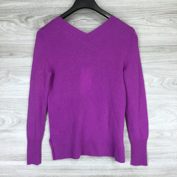 Halogen Purple V-Neck Cashmere Sweater