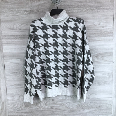 Vince Camuto Cozy Houndstooth Turtleneck Sweater