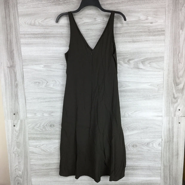 Lewit Sleeveless Ruched Dress
