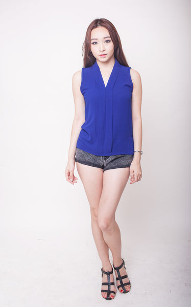 C7902 - Bena Blue Top