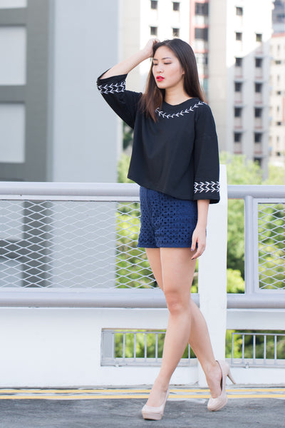 C9706 - Savannah Black Top