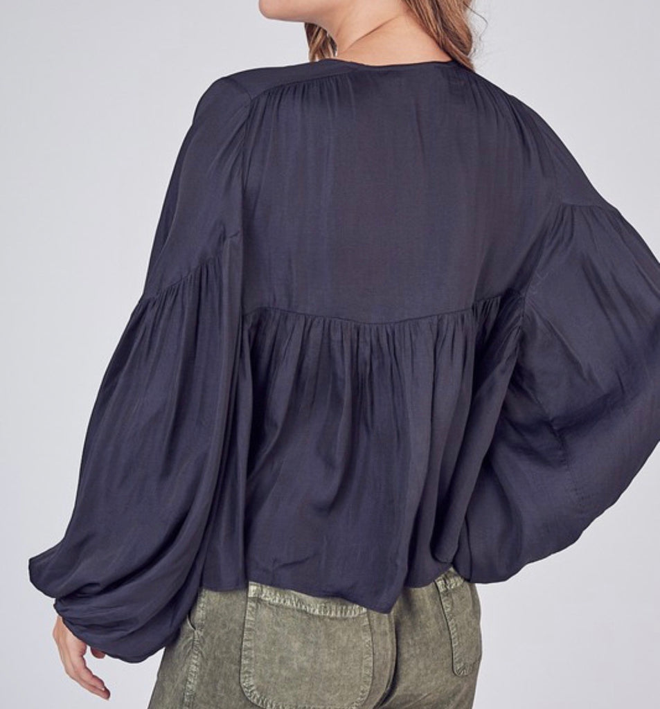 Amanda Balloon Sleeve Top