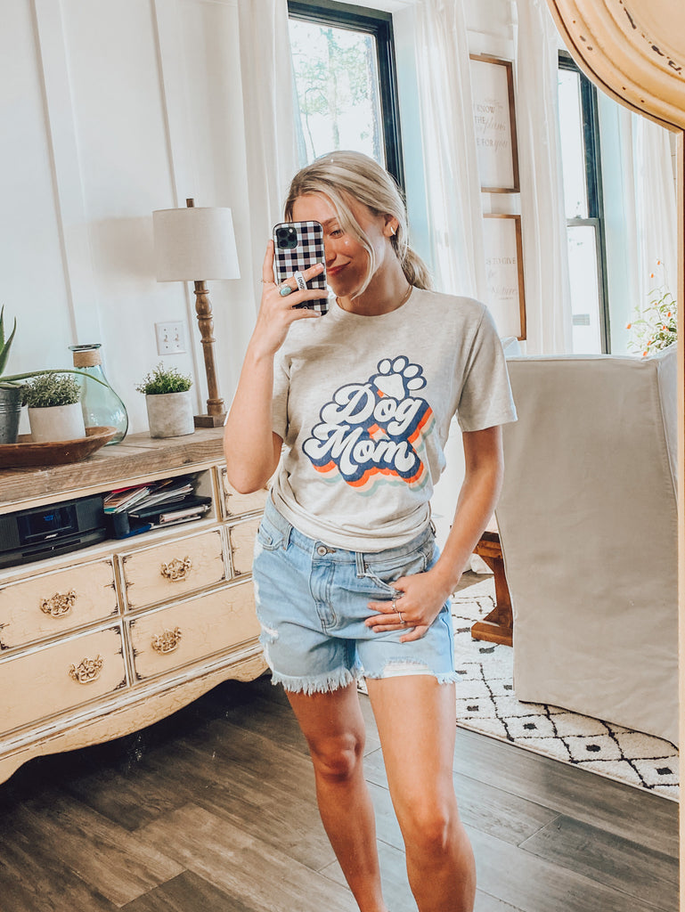 Dog Mom Retro Graphic Tee