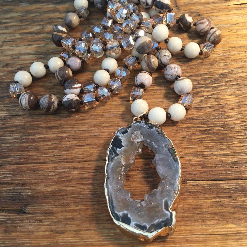 Druzy Crystal Pendant Necklace - All Over The Drop
