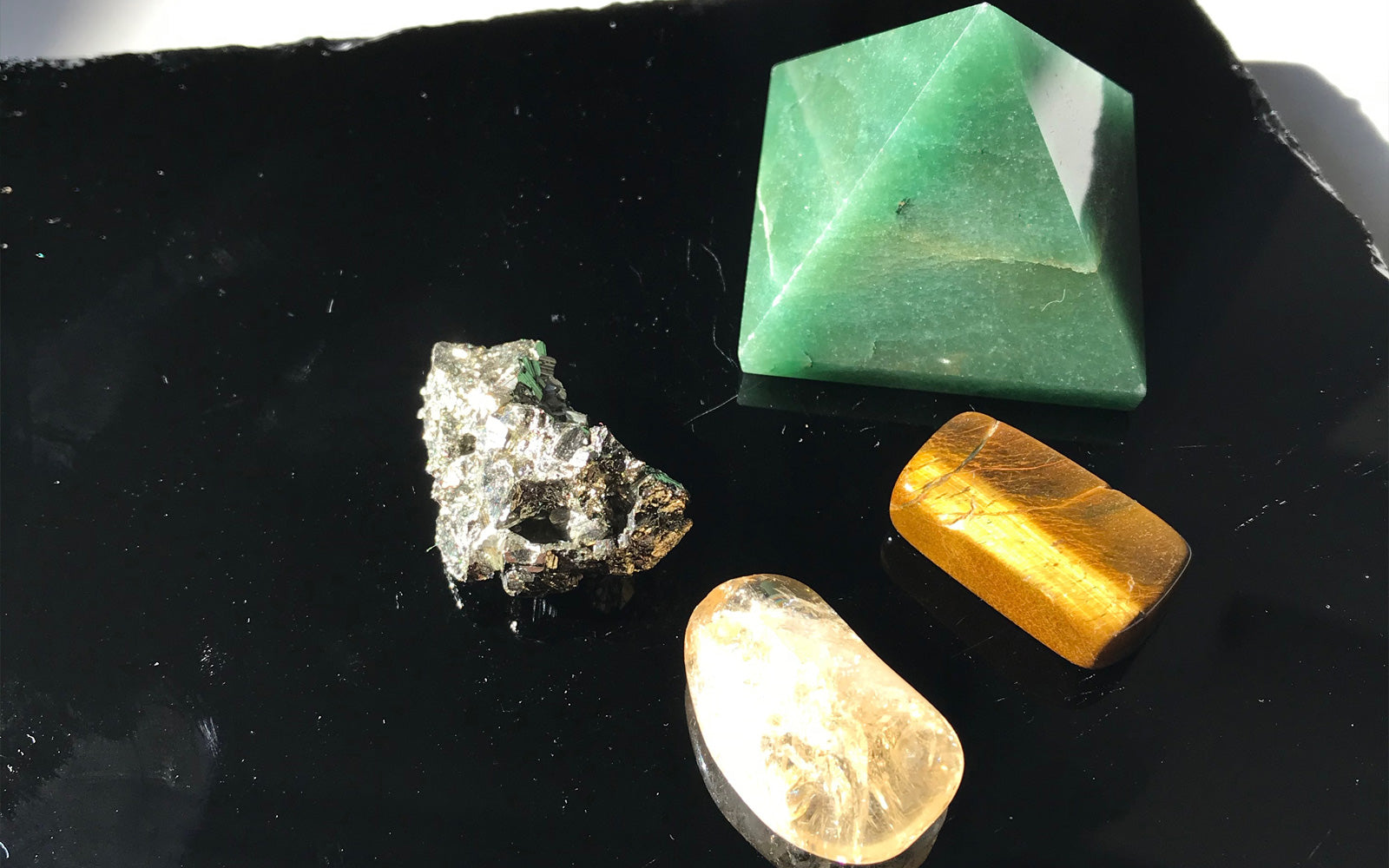 Top Crystals To Keep At Your Desk