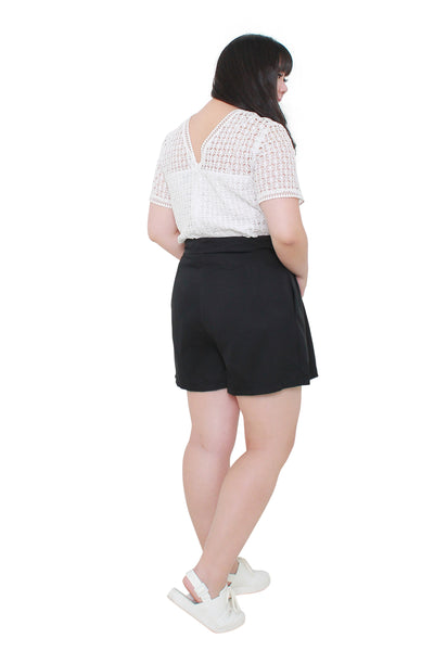 *Exclusive* Box Pleated Shorts (Black)