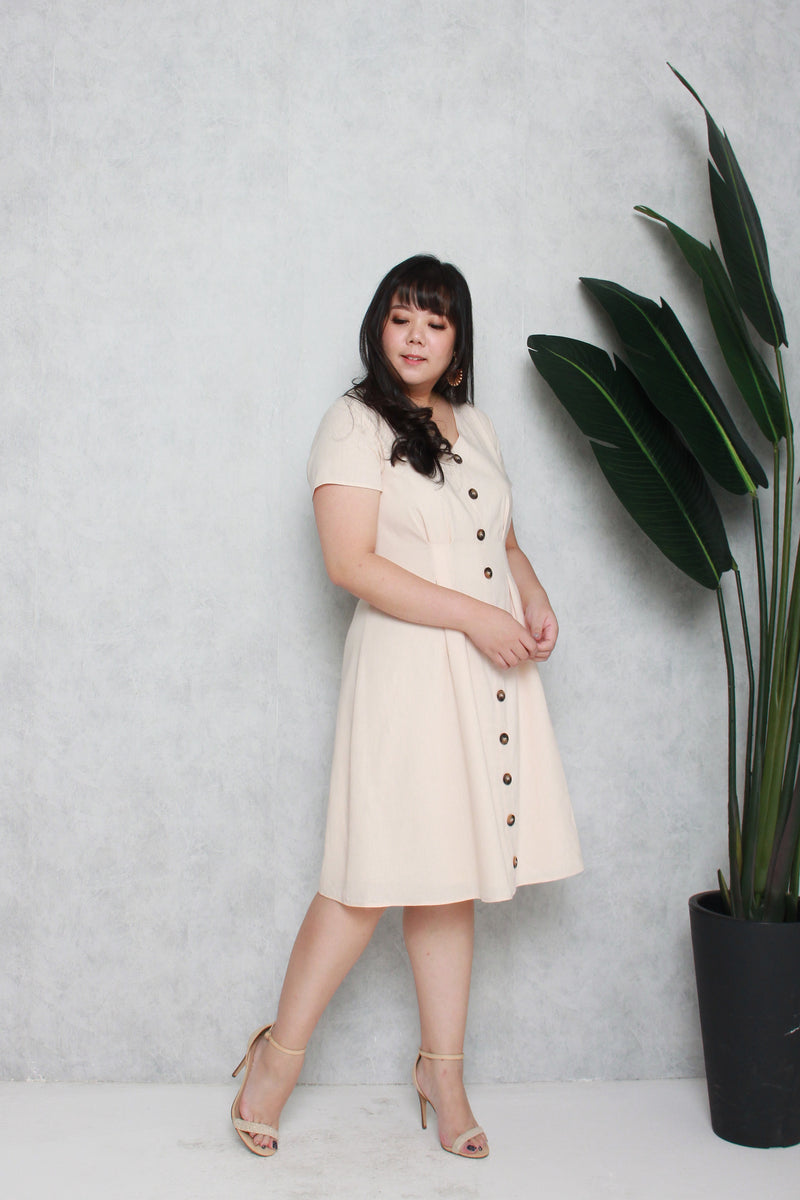 Tortoise Shell Button Dress (Creme)
